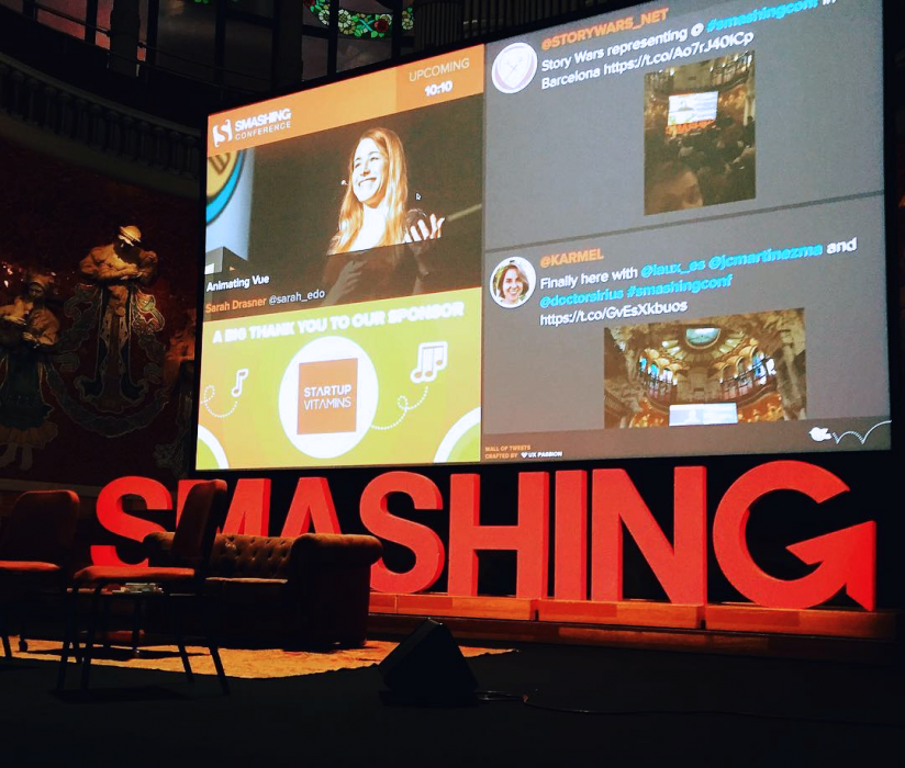 This special layout designed exclusively for Smashing Conference is used to display the agenda and partners alongside the incoming social media content. </p> <p>Thank you so much,  Samuel Goinsamy (@nadazoulou on Instagram) for this photo!