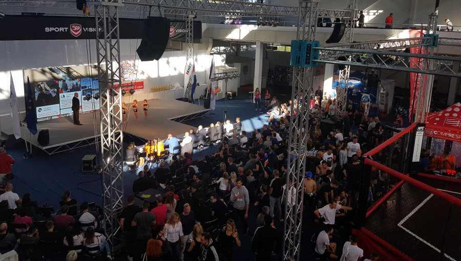 The visitors, exhibitors and event guests loved seeing their social media posts displayed on the main stage